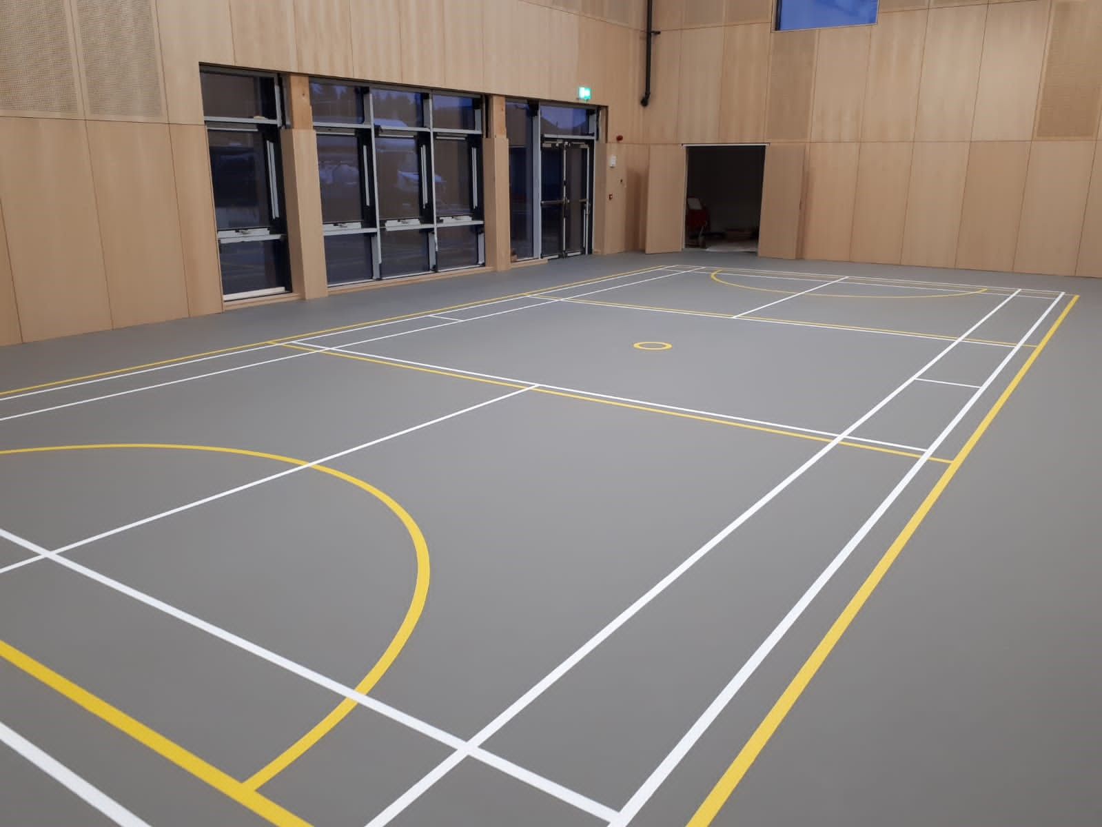 Our SSUK Pulsatic Eco 70 indoor sports floor is the perfect multi-purpose sports floor providing comfort and safety for a variety of sport and non sport activities. Ideal for any primary school setting.